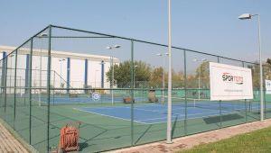 Ege Üniversitesi Tenis Kortlarını Halkın Hizmetine Açtı
