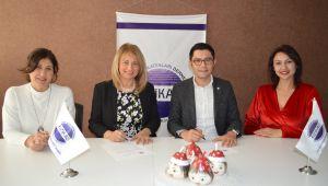 İzmir İş Kadınları Derneği Genç Üyelerini Teknoparkla Buluşturacak