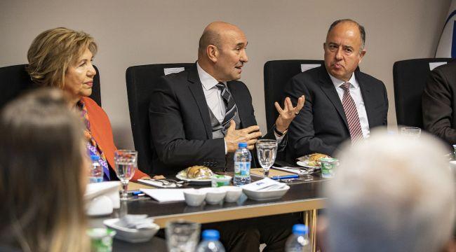 İzmir Ekonomisinin Gelişmesi İçin Tanıtıma Değer Verilmeli