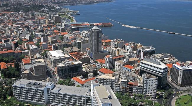 Dev Markalar İzmir'i Terk Ediyor