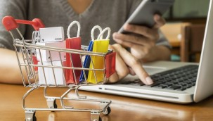 E-Ticaret Hacmi Yıllık 200 Milyar Liraya Koşuyor