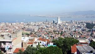 İzmir'de Artan Trafik Sıkışıklığına Çözüm Aranıyor