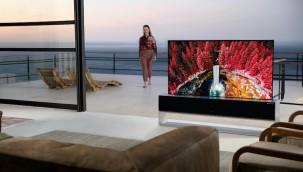 LG'nin Çok Beklenen Kıvrılabilir OLED TV'si Pazara Sunuldu