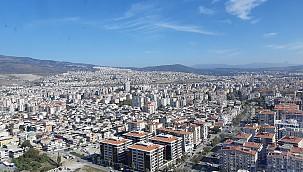 İzmir'de Bayraklı İlçesi Terkediliyor