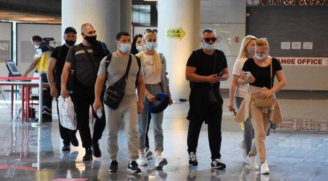 Yabancı turistler Muğla'ya gelmeye başladı